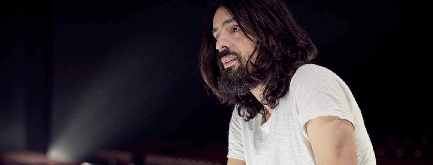 Alessandro Michele for Gucci wins the International Designer Award